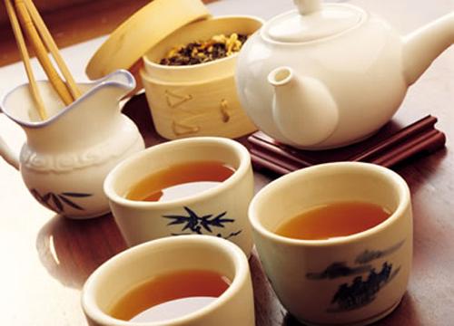 Tham trà